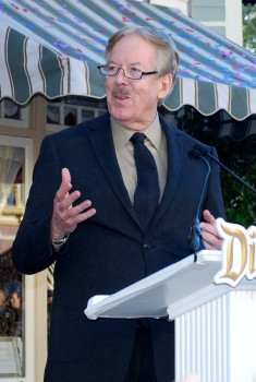 Tony Baxter Speaks About Teamwork