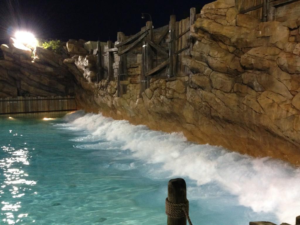 disneys typhoon lagoon 25 years of waves