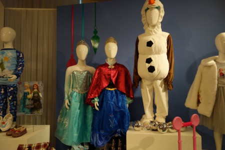 Disney Store Frozen costumes_14507926514_l