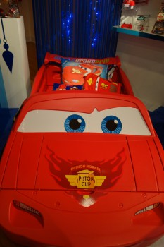 Lightning McQueen bed_14529394363_l