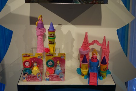 PlayDoh Disney Princess Playsets_14505911681_l