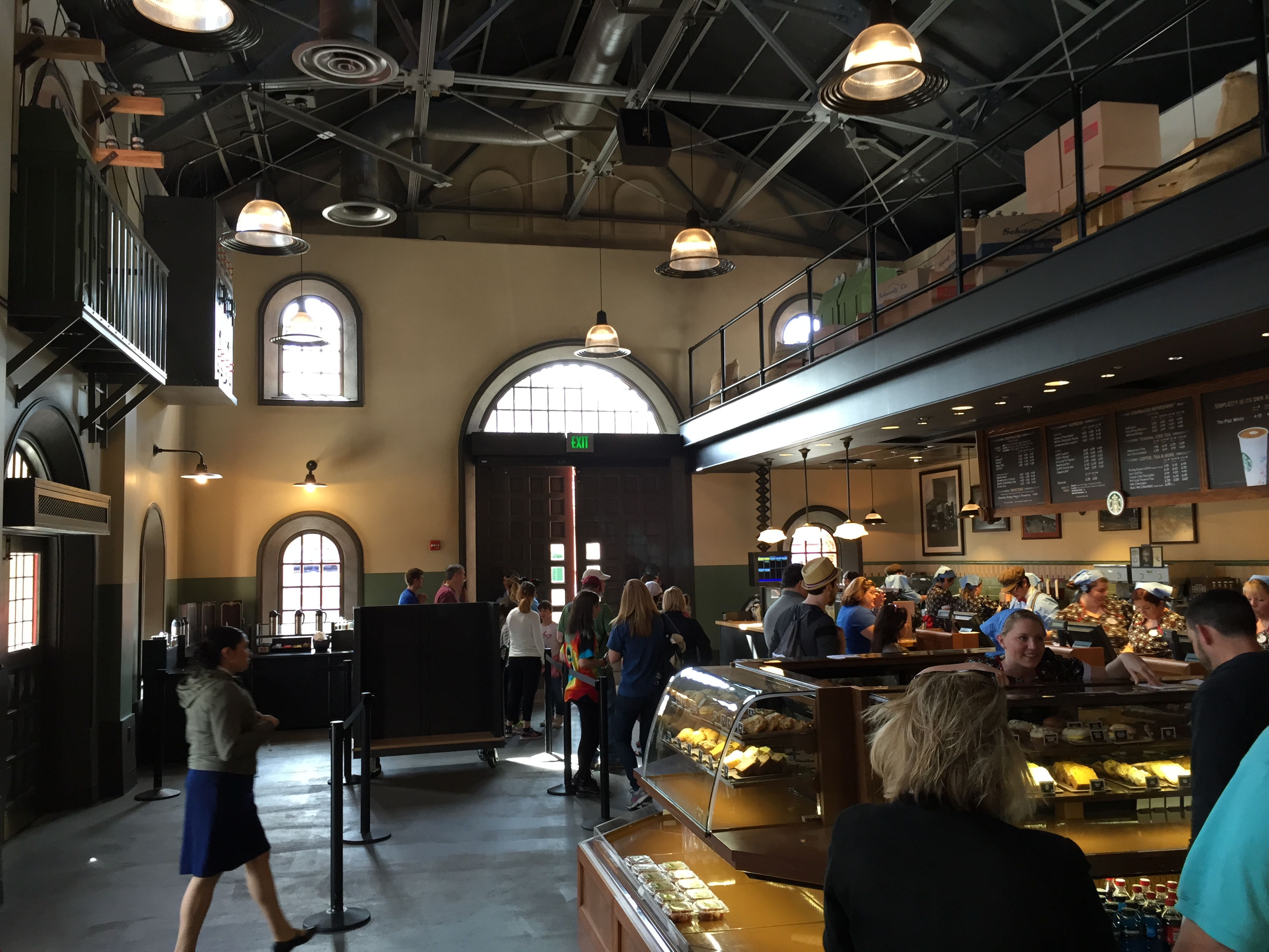 Trolley Car Cafe Starbucks Location Soft Opens At Disney's