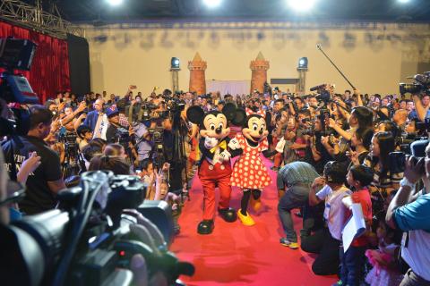 Disney Signs Partnership with Philippines' Globe Telecom