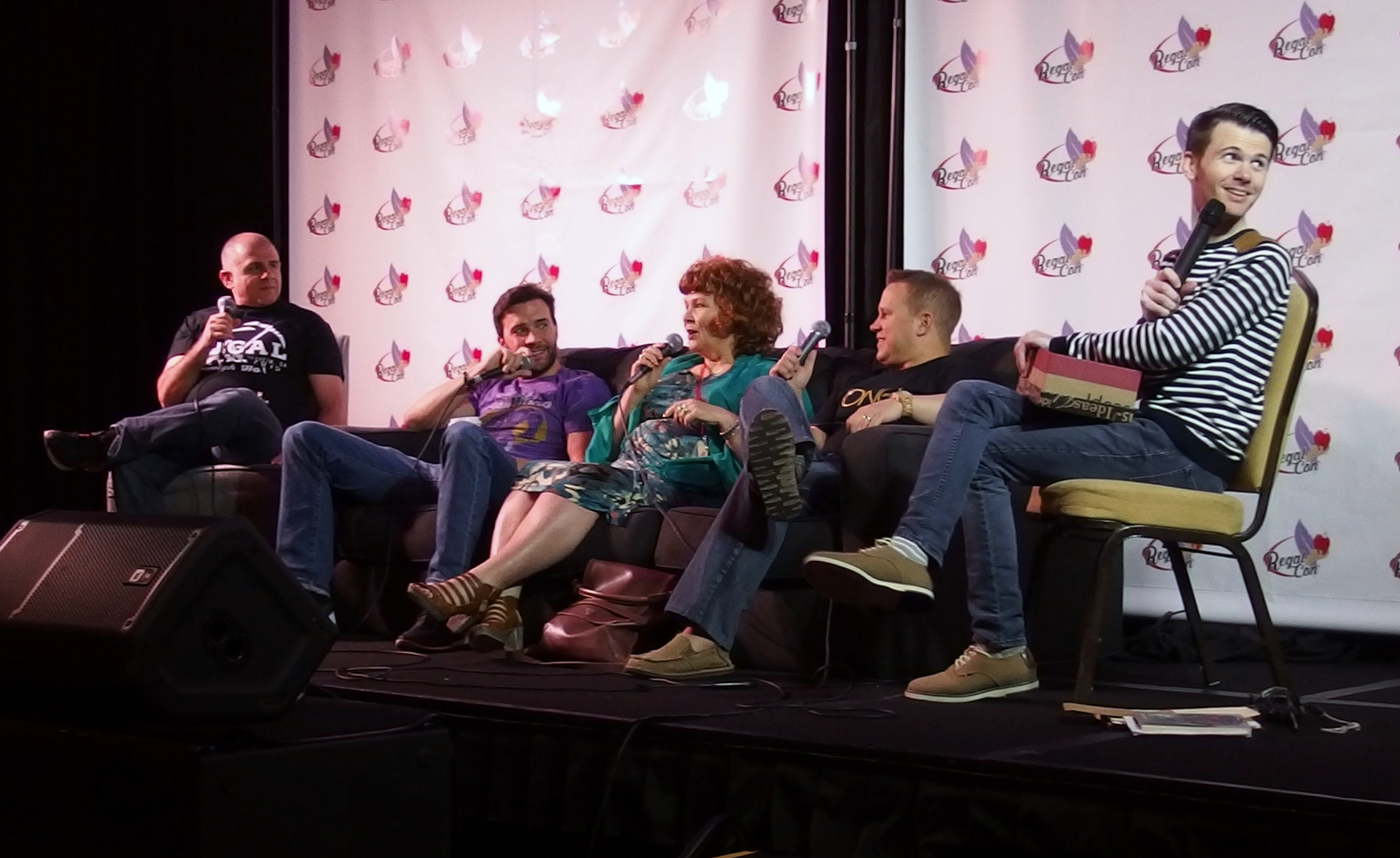 Faustino di Bauda, Gil McKinney, Beverley Elliott and Michael Coleman answer a variety of questions