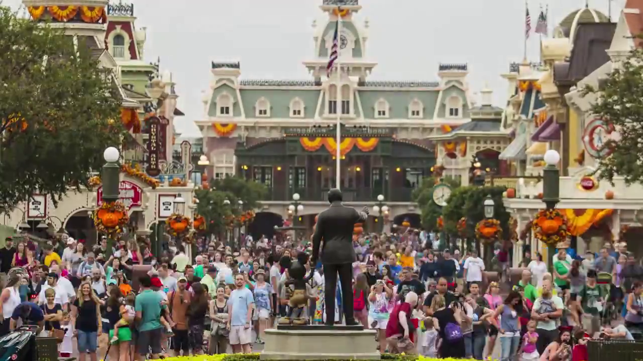 Video Pick: A Day at Disney Time Lapse