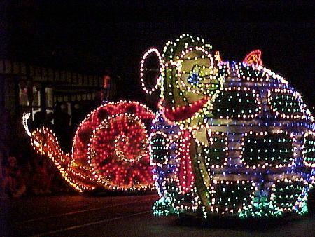 Throwback Thursday - Disneyland's Final Main Street Electrical Parade