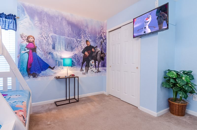 Creating The Perfect Frozen Themed Bedroom