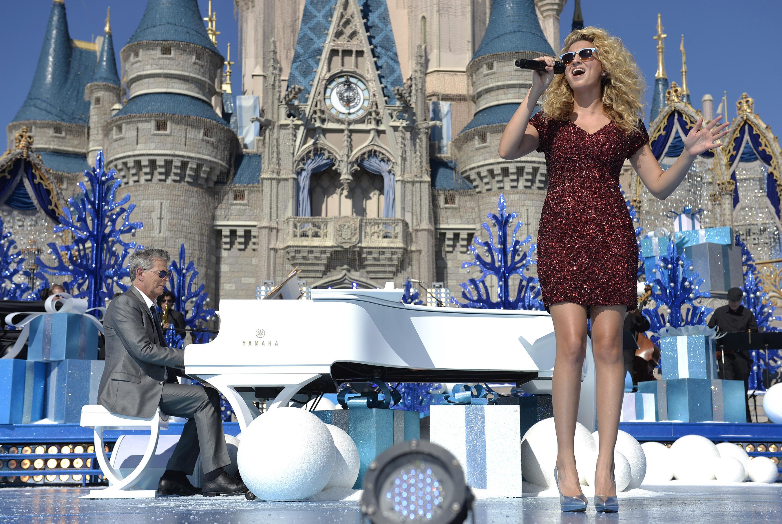 disney - Disney Christmas 2015