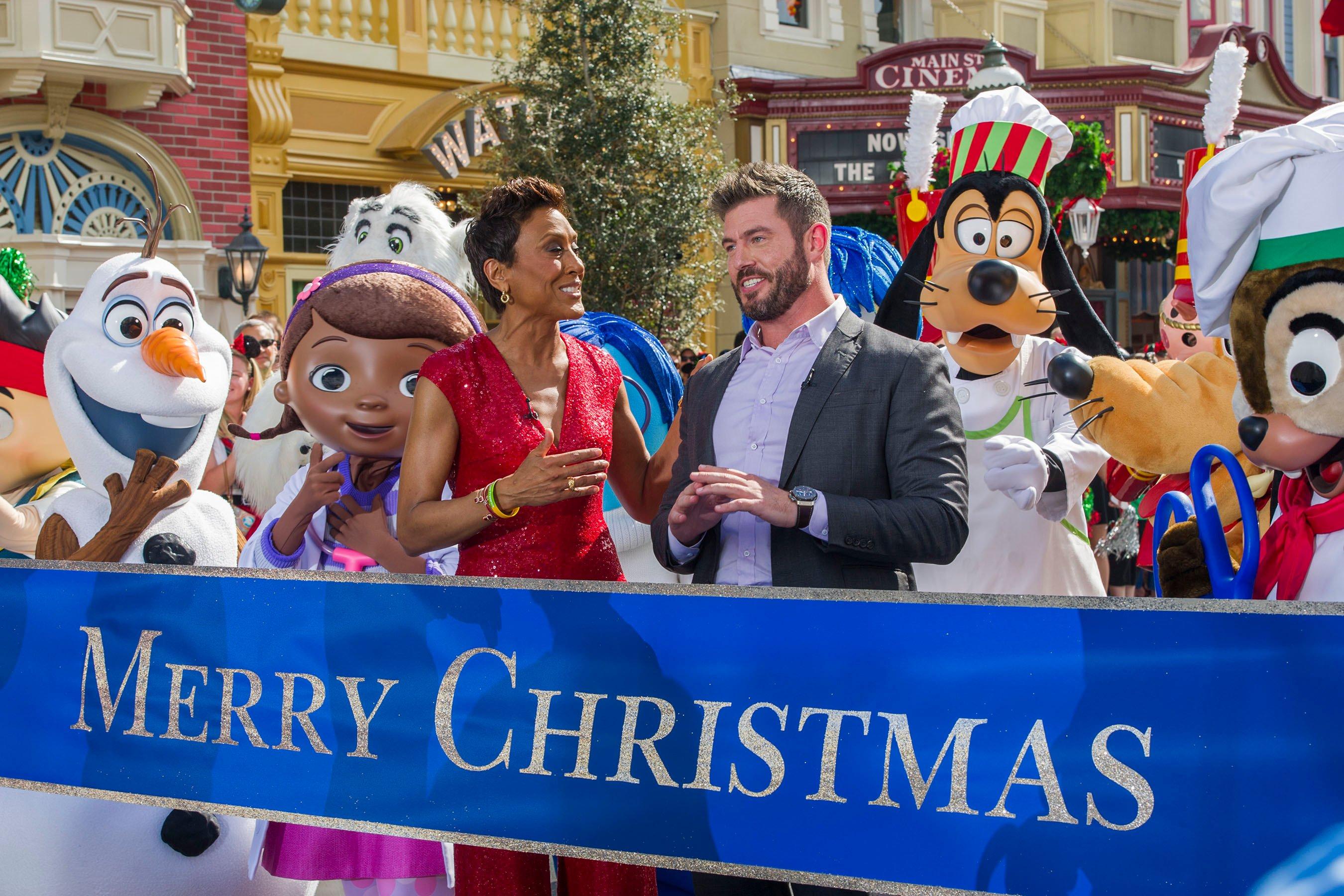 Disney Parks Unforgettable Christmas Celebration Bingo