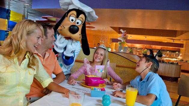 Goofy S Kitchen Characters Breakfast