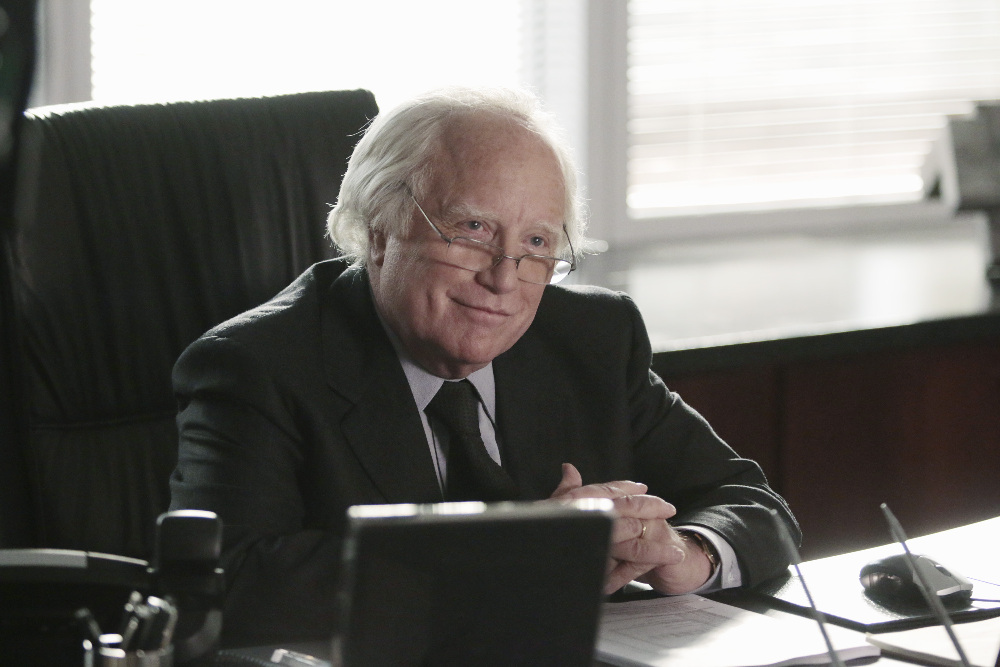 "MADOFF - Get a look into the mind of the man who pulled off one of the greatest cons in history in the primetime miniseries ""Madoff,"" airing FEBRUARY 3-4, 2016 (8:00 – 10:00 p.m., ET) on the ABC Television Network. (ABC/Giovanni Rufino) RICHARD DREYFUSS"