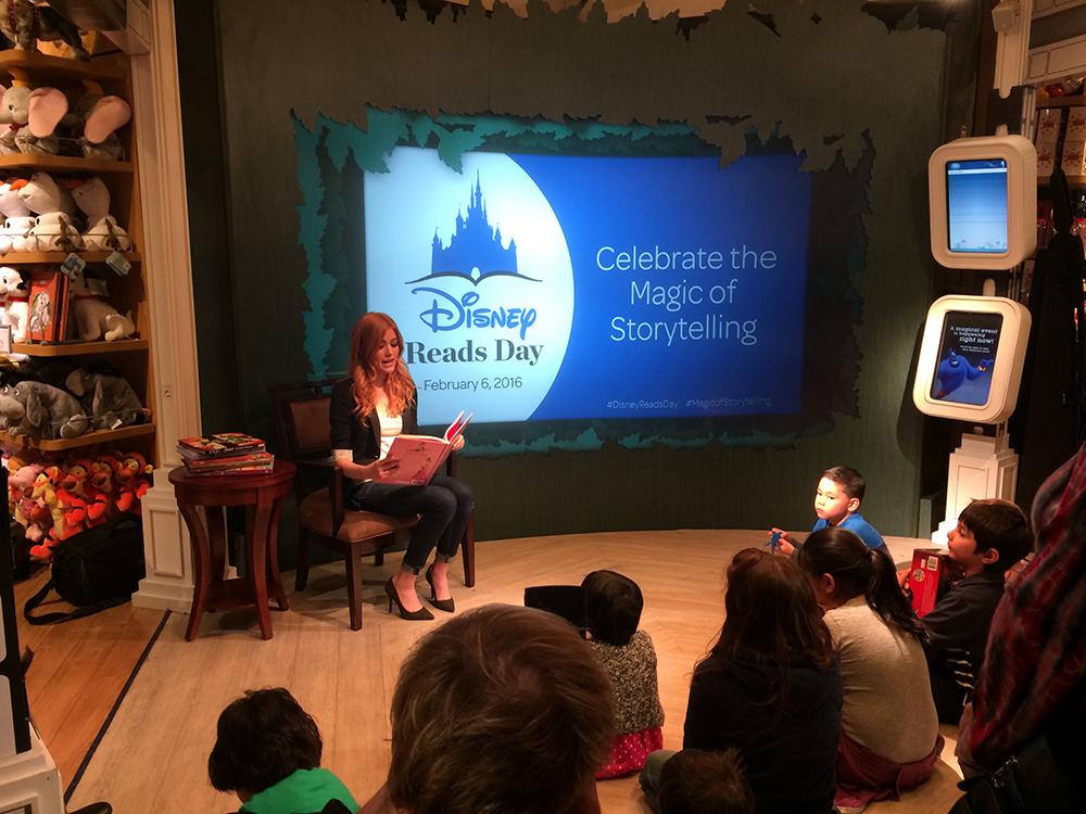 Stars Help Celebrate Disney Reads Day in Glendale