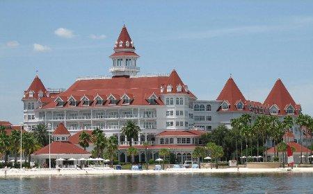 Is Walt Disney World Considering a Resort Fee For Its Hotels?