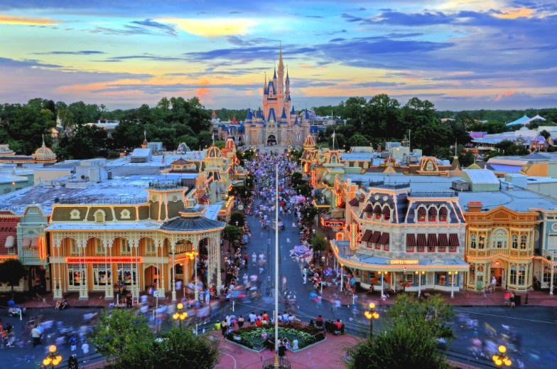 Disney-World-Onsite-or-OffSite-Accommodation--34ae03f9fda64f998a4bc31b6d28e8b9