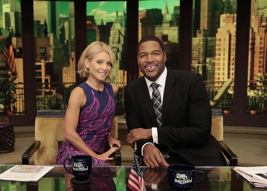 Kelly Ripa, Michael Strahan Reunite On 'Live!' After Morning TV Drama