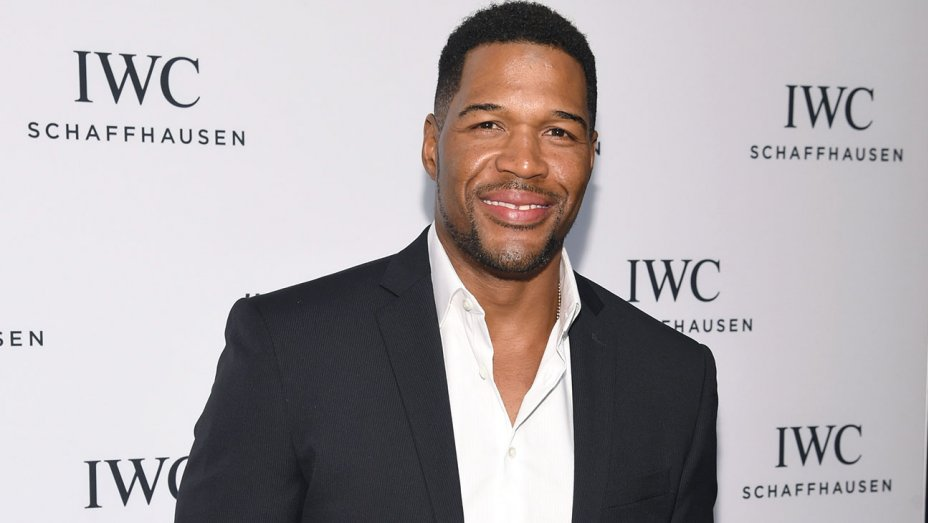 "Strahan Joining ""Good Morning America,"" Leaving ""Live"""