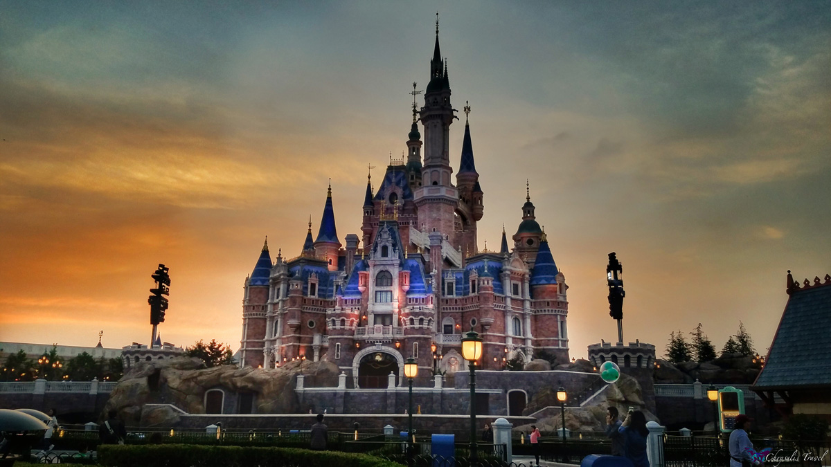 Sunset-SH-Disneyland-Castle-WM