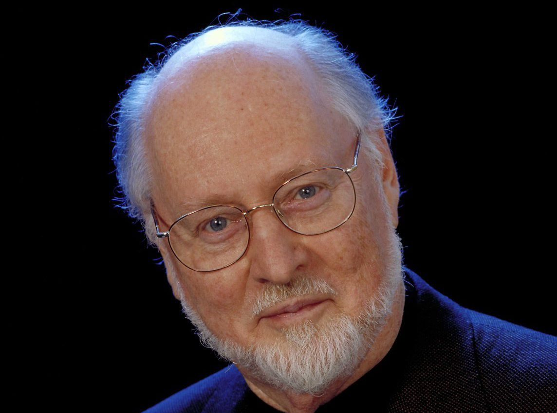 "Composer John Williams Surprises Two Musicians Who Play ""Star Wars"" Theme on His Lawn"
