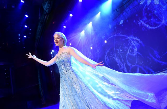 """Frozen, A Musical Spectacular"" Coming to the Disney Wonder"