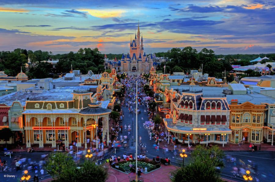 Orlando theme parks give free bug spray to ease Zika worries