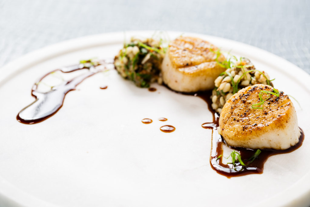 SEARED SCALLOPS short rib jam - barley risotto - red wine sauce