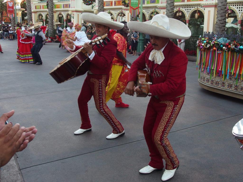 Music is a big part of Viva Navidad!