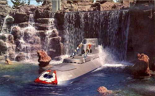 Disney Extinct Attractions: Disneyland's Submarine Voyage