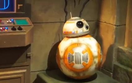BB-8 Meet and Greet Debuts in Hong Kong Disneyland Ahead of Walt Disney World Addition