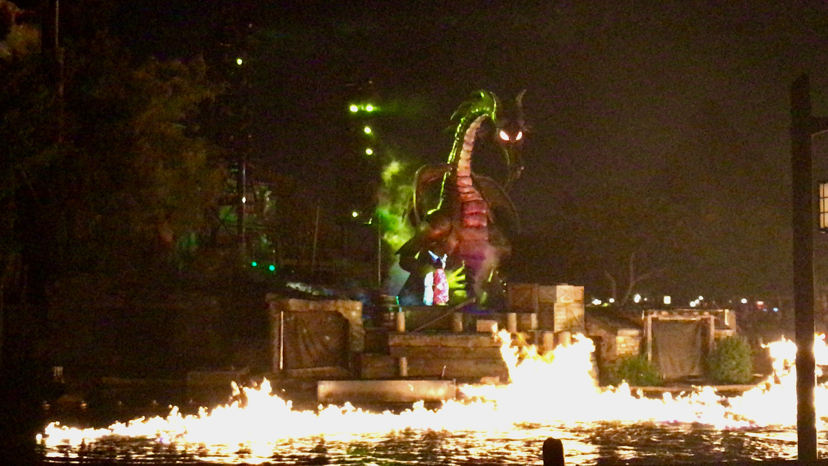 25 Years of Fantasmic! - A Look Back and a Review