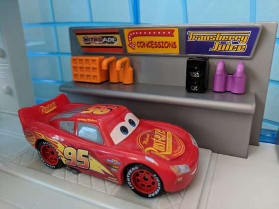 Toy Review Mattel S Quot Cars 3 Quot Florida Speedway And Garage