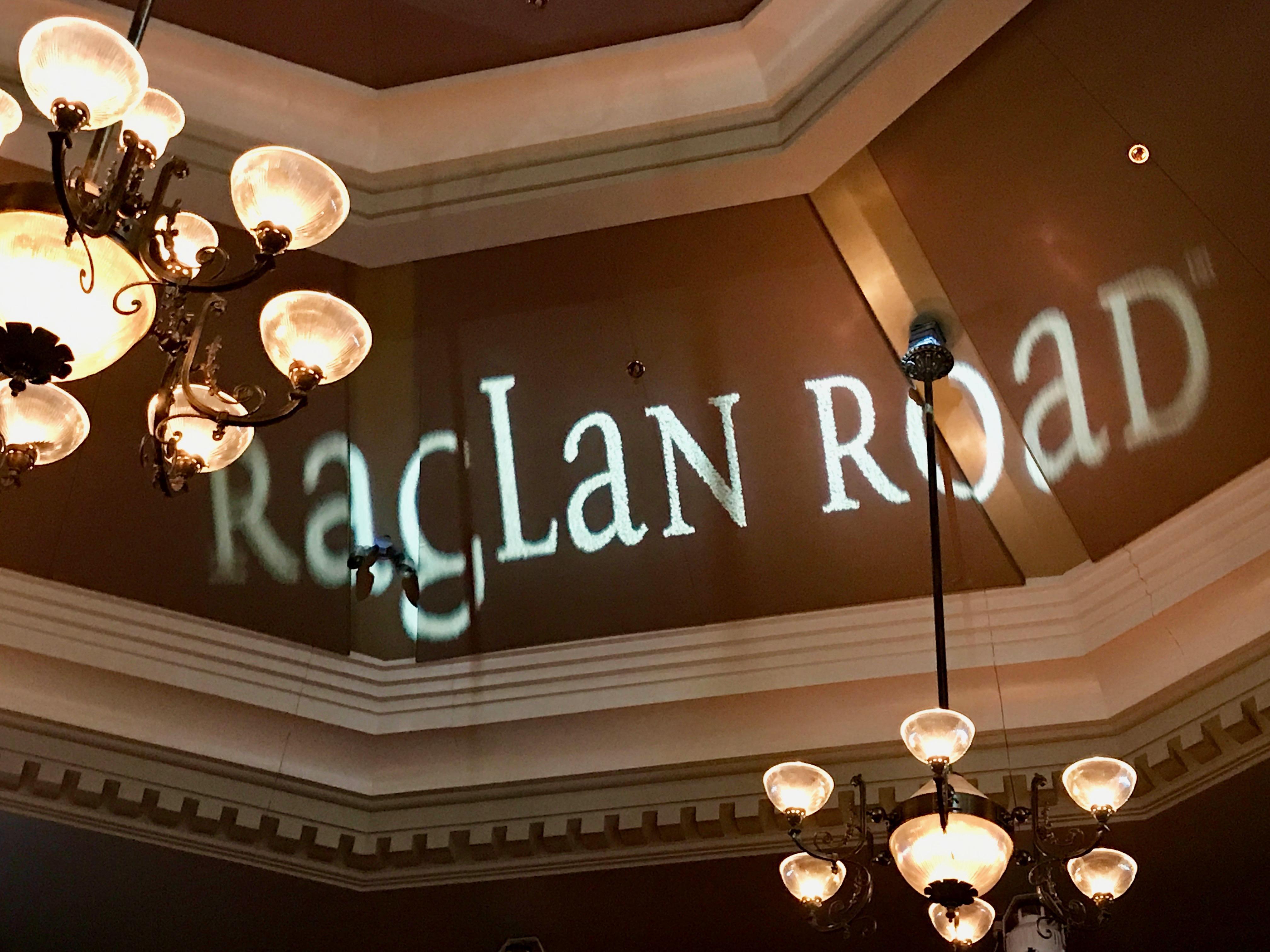 Walt Disney World Dining Review: Raglan Road Irish Pub & Restaurant