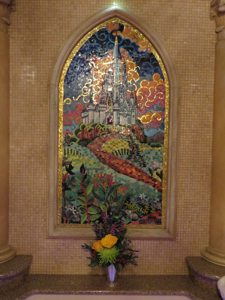 Cinderella Castle Suite A Royal Tour Laughingplace Com