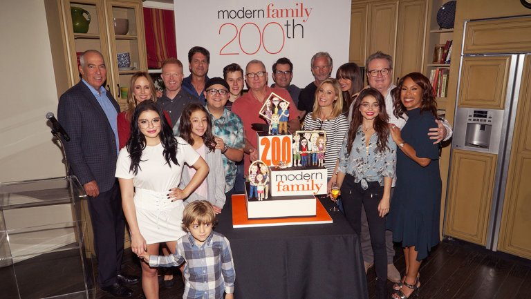 Modern Family Creators Talk Ending the Series and Spinoff Options