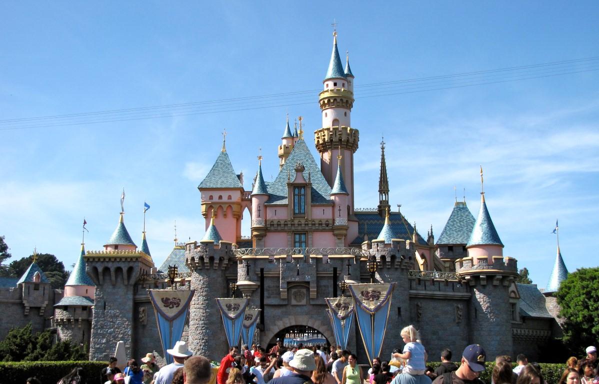 Disneyland Resort Park Hours - April 2017