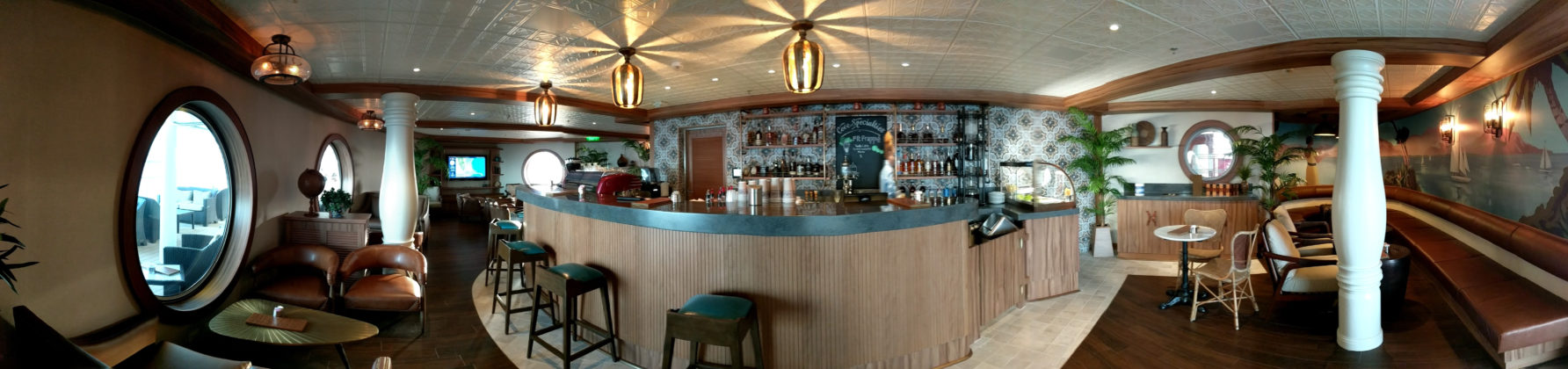 Disney Magic Cove Cafe