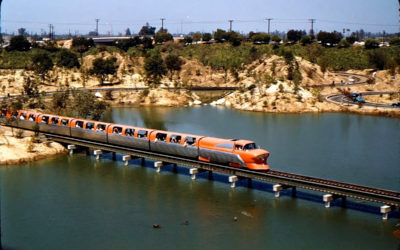Disney Extinct Attractions: Viewliner and The Walt Disney Story