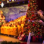 Candlelight Processional Celebrity Narrators and Dates Announced
