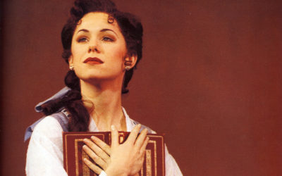 "Broadway Veteran Susan Egan Talks Reprising Role in Disney's ""Beauty and the Beast"""