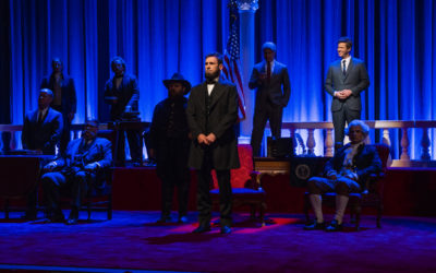 "Sarah Silverman Spoofs ""The Hall of Presidents"" on ""I Love You, America"""