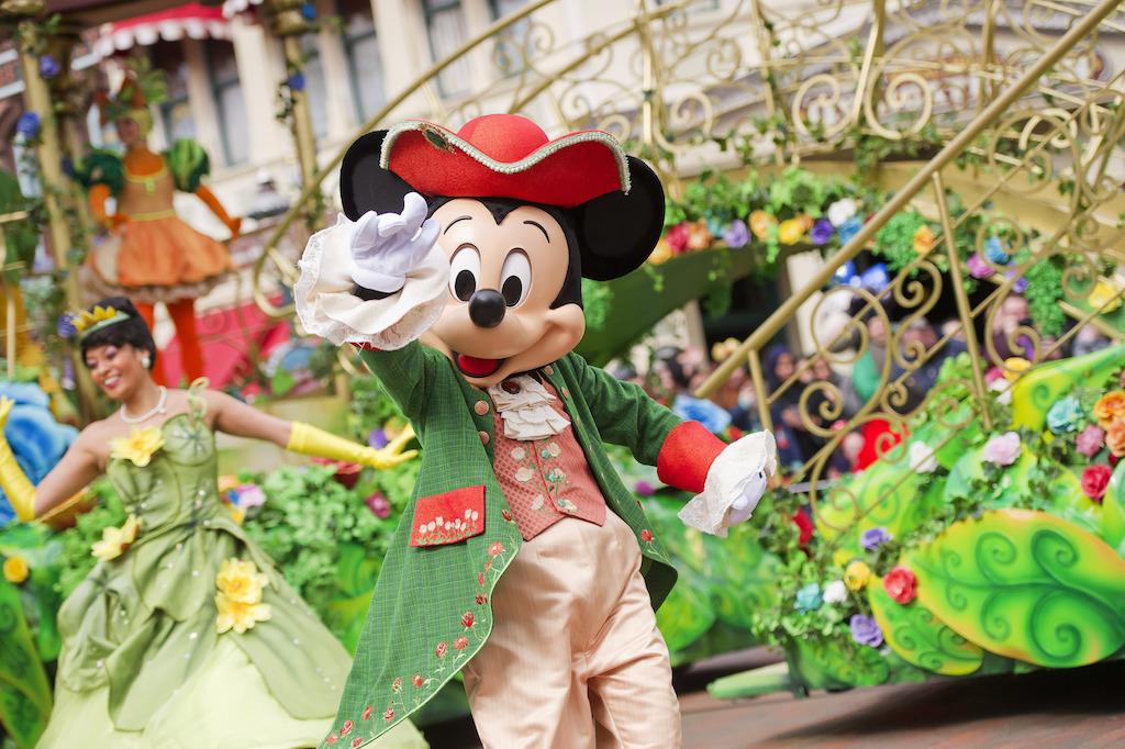 Disneyland Paris Annou...C 3po