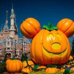Daytime Halloween Delights at Shanghai Disneyland