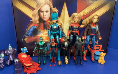 """Toy Review: """"Captain Marvel"""" by Hasbro (Marvel Legends and Dolls)"""