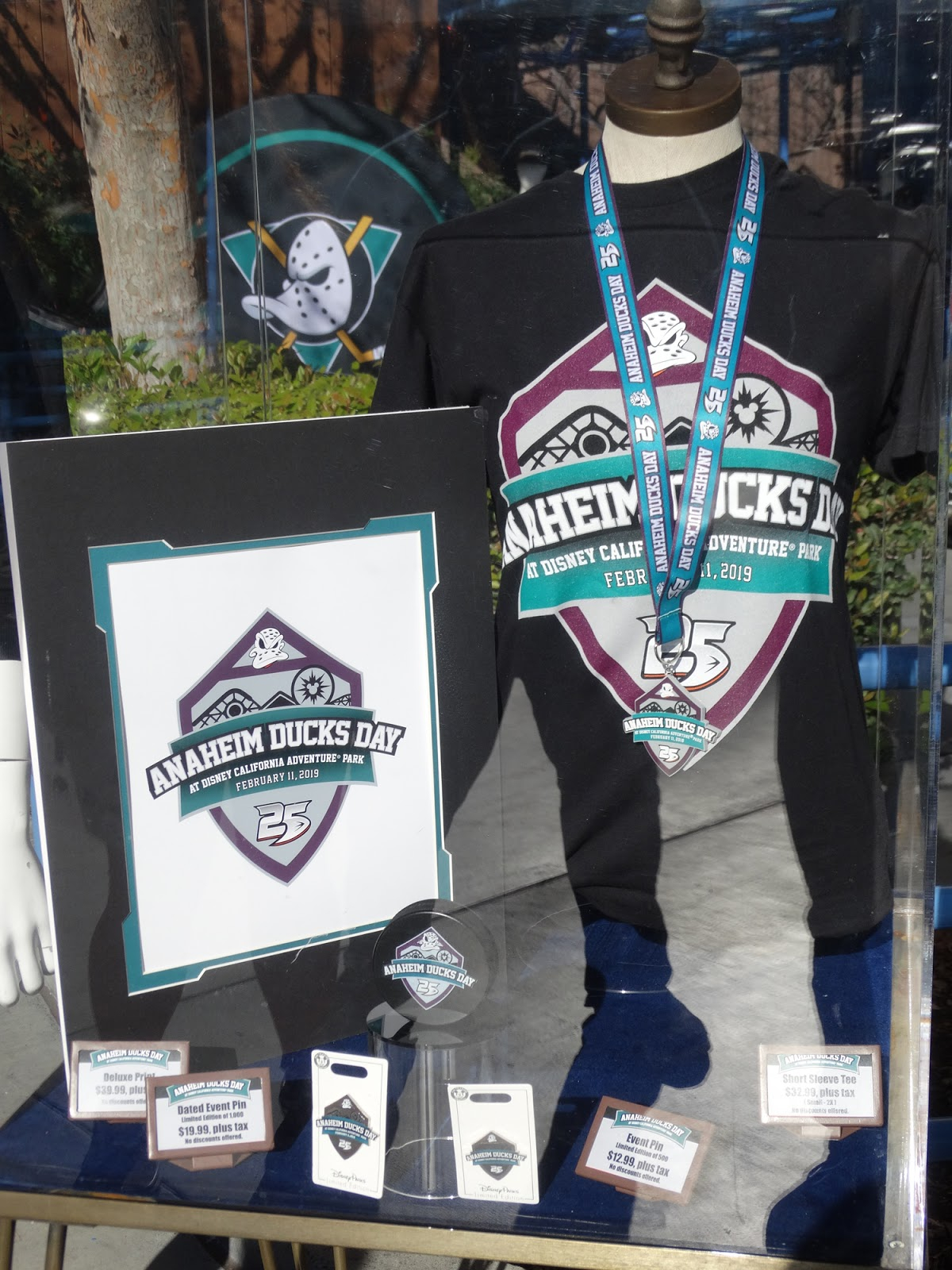 Video  Anaheim Ducks Day Celebrates 25 Years of The Mighty Ducks at ... e17c1fd4f