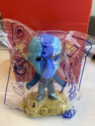 McDONALD/'s 2019 MARVEL AVENGERS END GAME HAPPY MEAL TOY #18 TEAM SUIT HAWKEYE
