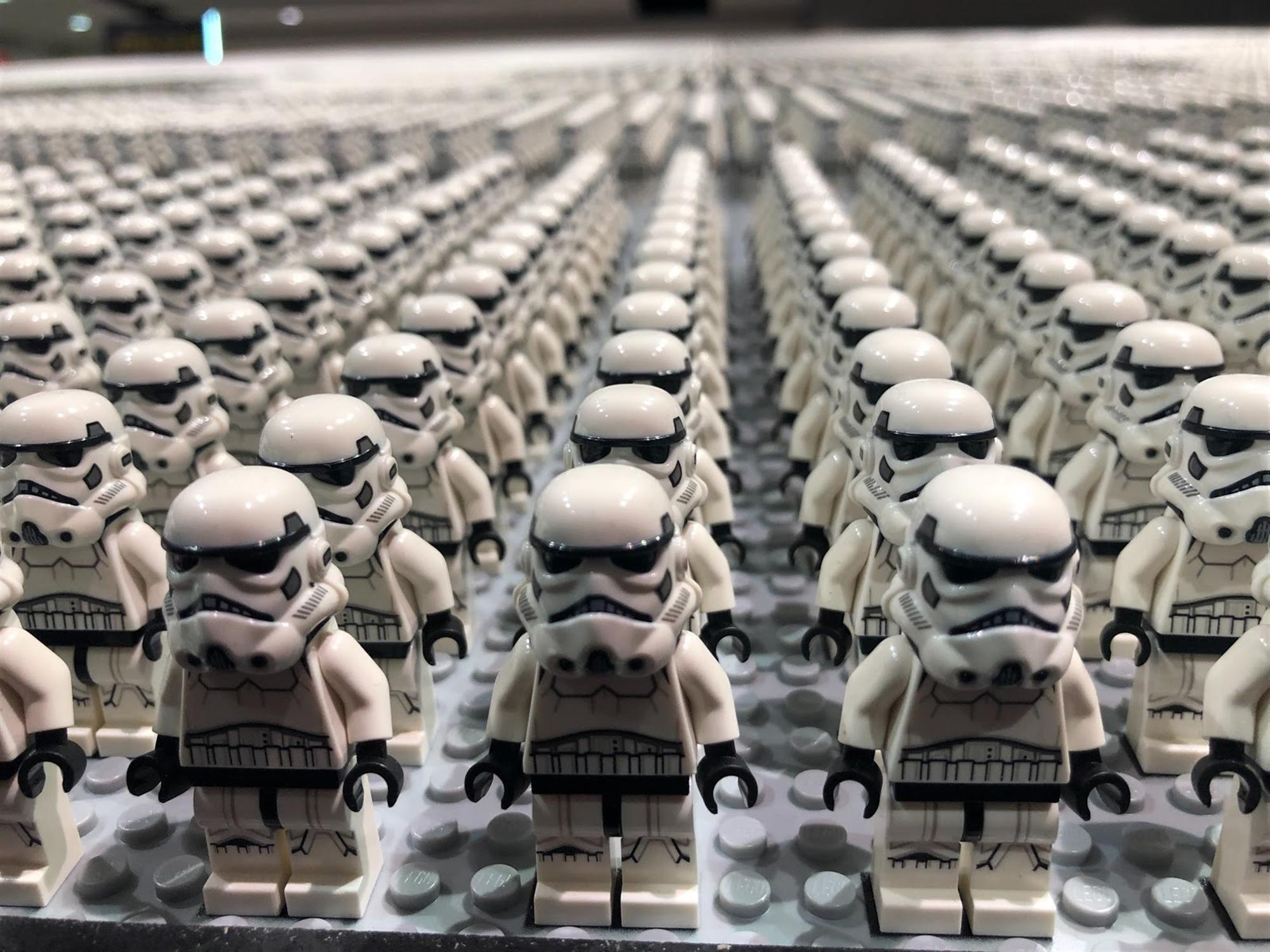 Lego Sets World Record With Stormtrooper Army Build At Star Wars