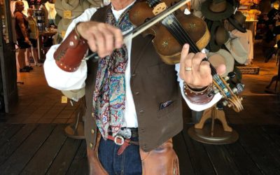 Beloved Farley the Fiddler Performer Retiring This Weekend After 33 Years at Disneyland