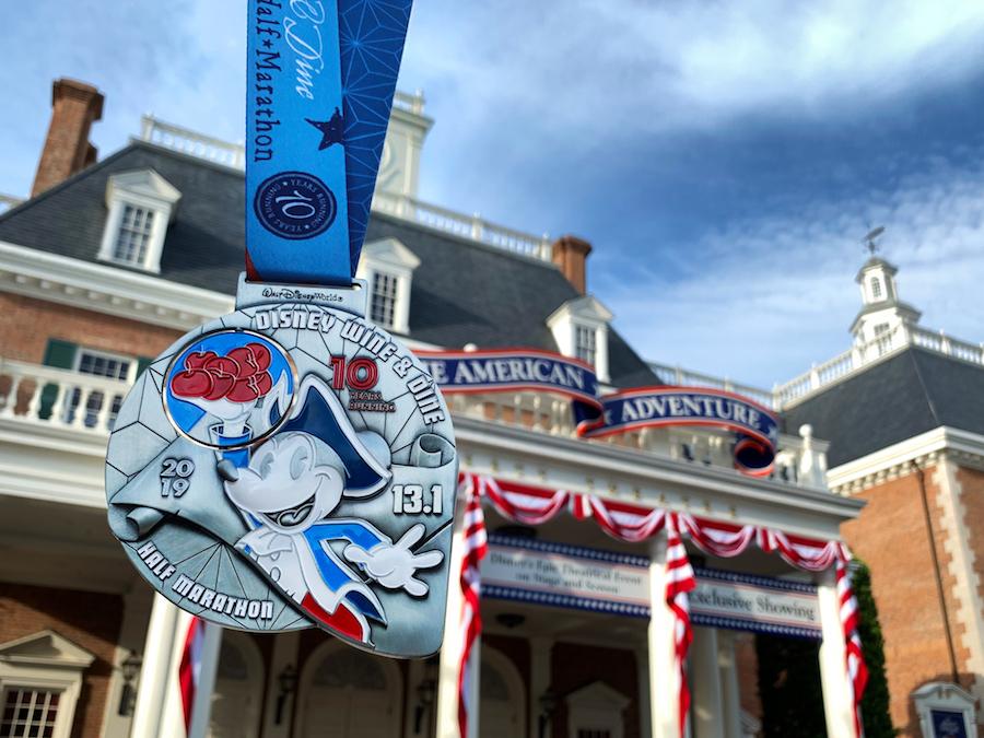 runDisney 10th Anniversary Disney Wine & Dine Half Marathon medal