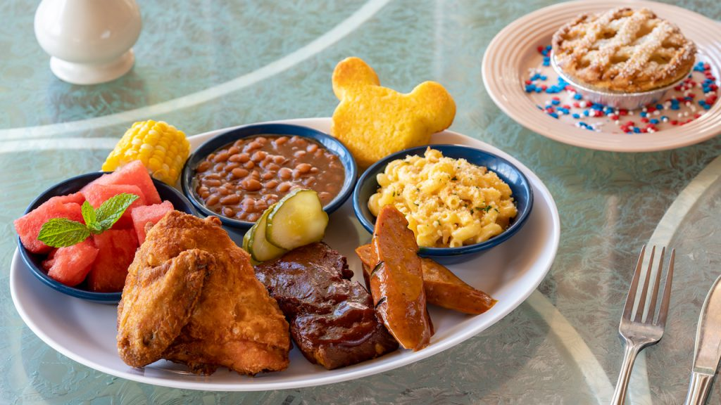 Plaza Inn Fourth of July 2019 Dining Package at Disneyland Park