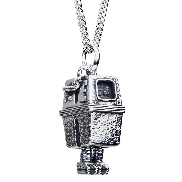A GNK necklace from the new RockLove X Star Wars collection.