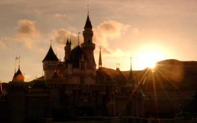 Typhoon Forces Closure of Hong Kong Disneyland